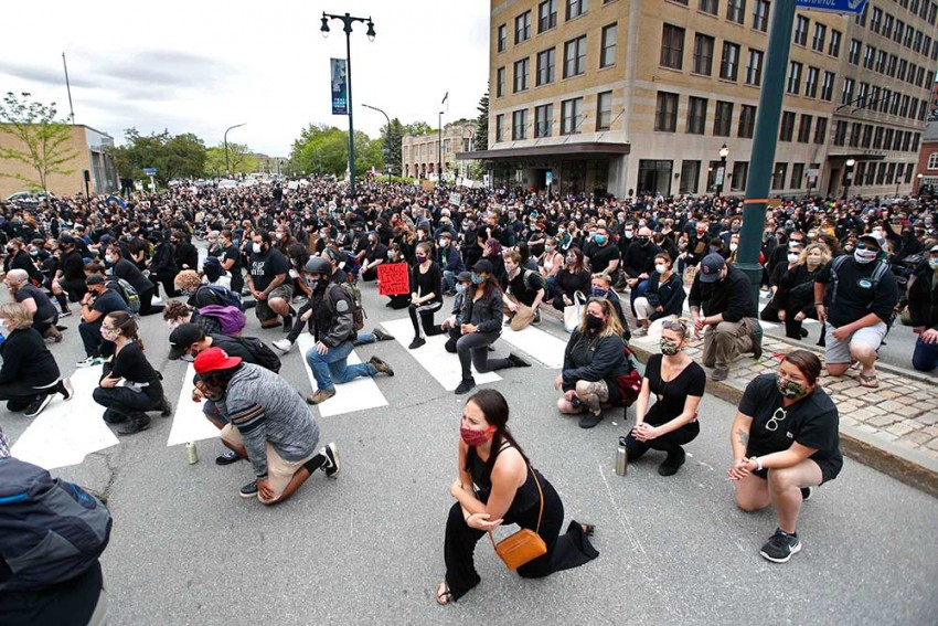 Protesters Again Flood US Streets In Huge Numbers, Peacefully Push For Police Reforms