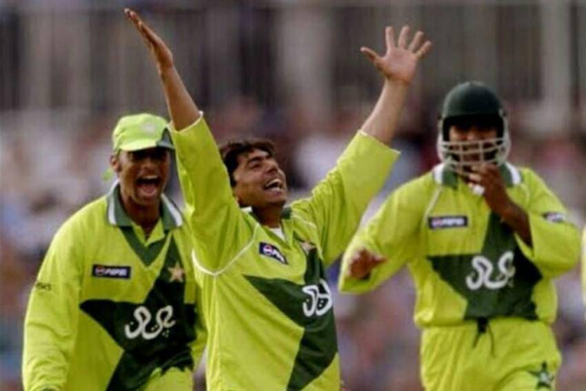 Believe It Or Not, Saqlain Mushtaq Hid His Wife Inside Cupboard During 1999 World Cup