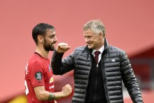 Manchester United's Bruno Fernandes Wins Premier League Player Of The Month Award Again