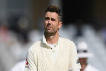 Sachin Tendulkar Believes James Anderson Is The Only Bowler Who Can Bowl A 'Reverse Outswinger' Like An Inswinger