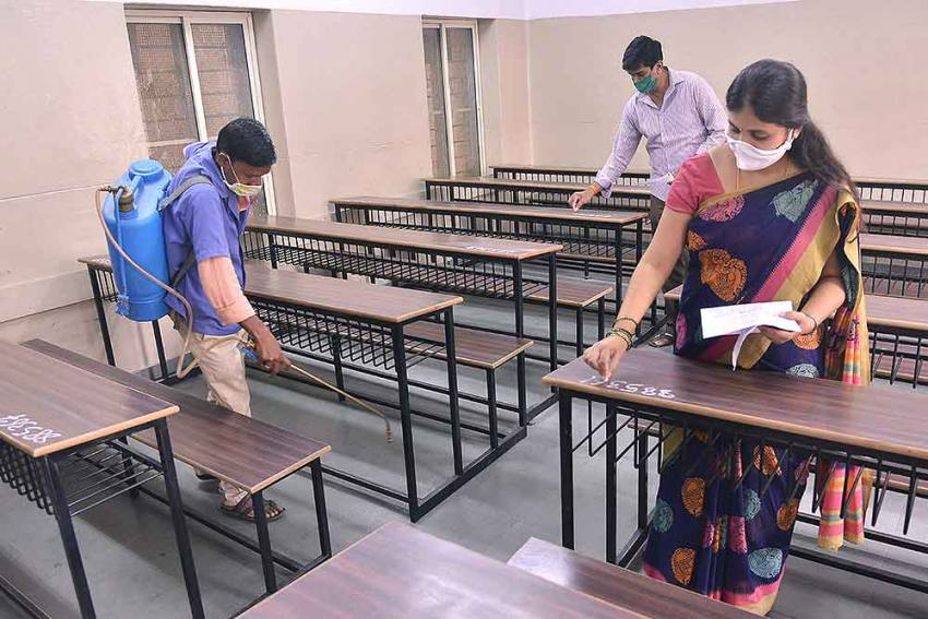 Delhi Govt To Cancel Upcoming State University Exams Due To COVID-19