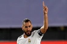Real Madrid 2-0 Deportivo Alaves: Zinedine Zidane's Men On Brink Of Title Glory