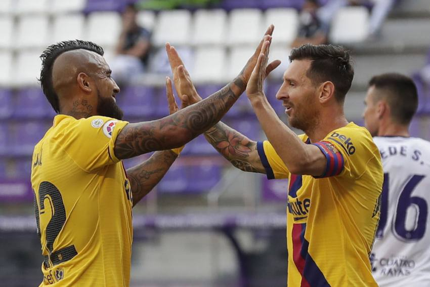 Real Valladolid 0-1 Barcelona: Arturo Vidal And Lionel Messi Combine As Barca Cling To Title Hope
