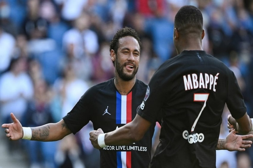 PSG Thrash Le Havre 9-0 As Neymar And Mbappe Dazzle 5,000-Strong Crowd