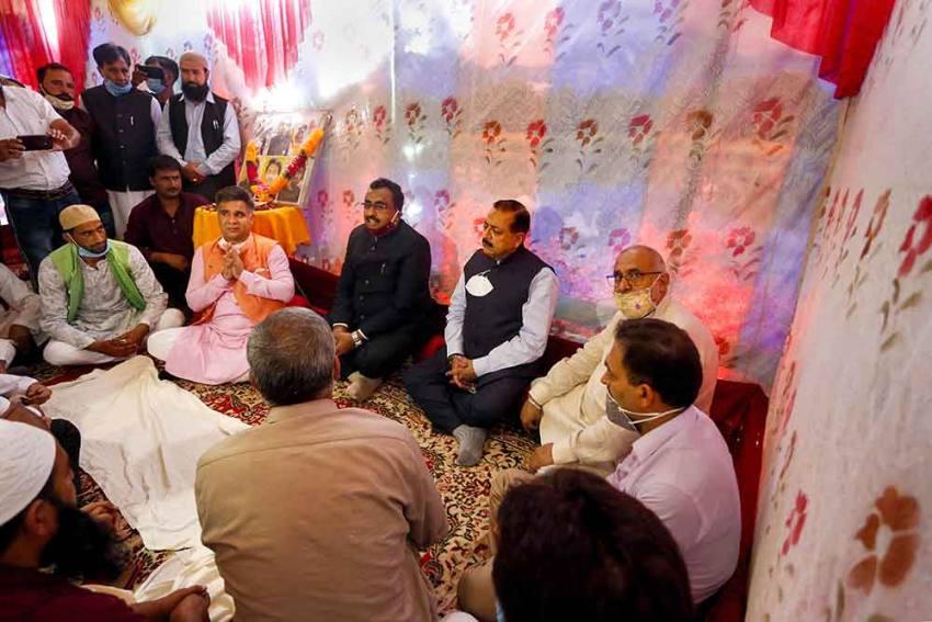 BJP's Jitendra Singh, Ram Madhav In Self-quarantine After J-K Unit President Tests Covid-19 Positive