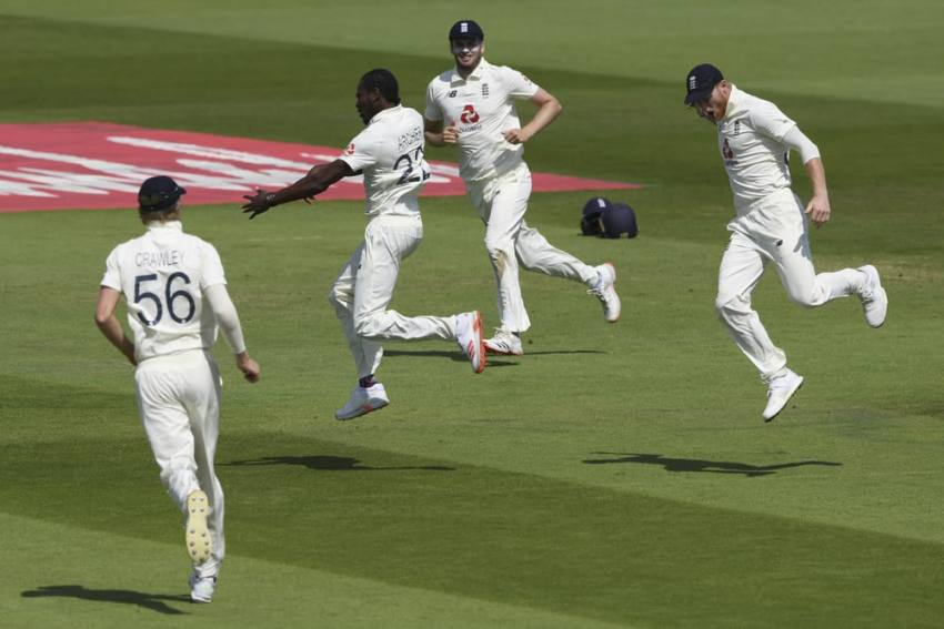 England Vs West Indies: Michael Vaughan Defends Jofra Archer, Says 'Impossible' To Crank Up Pace Consistently
