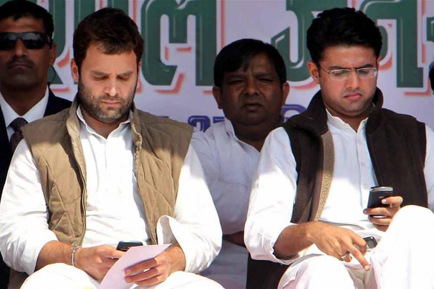 Don't Make Same Mistake As Scindia, Stay With Congress: Digvijaya Singh To Sachin Pilot