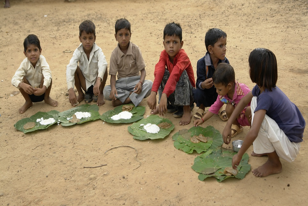 Re-imagining A  Malnutrition-free  India