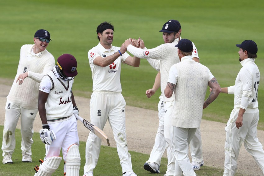 ENG Vs WI, 3rd Test: England Reduce West Indies To 59/3 - Tea Report
