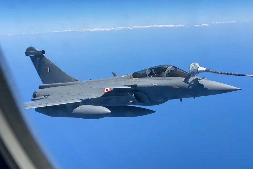 Indian Air Force Posts Pictures Of Rafale Jets Re-fuelling Mid-air On Way Home