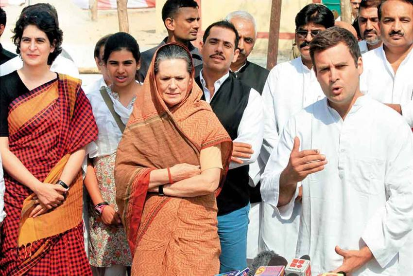 Autonomy For Chief Ministers? Congress Taking Small Steps For Course Correction, But Are They Enough?