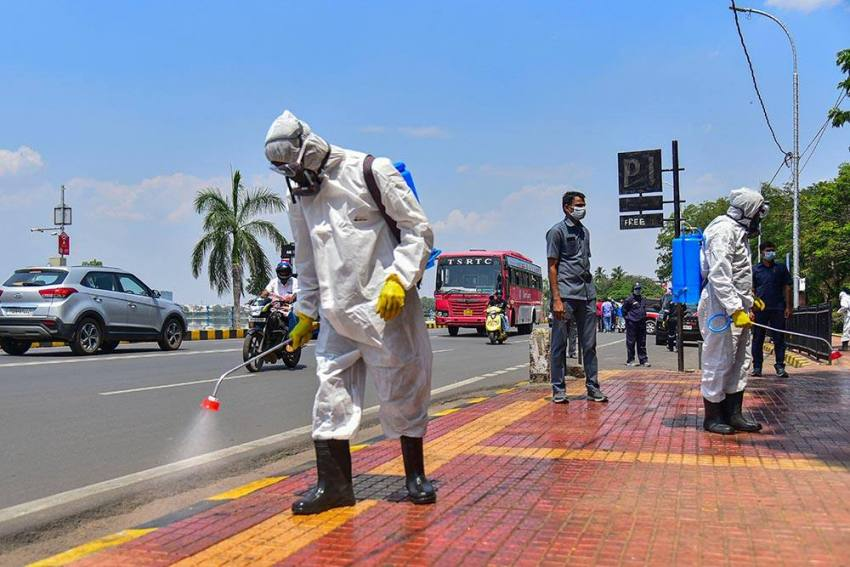 As Covid Cases Soar In Telangana, Opposition Questions KCR's Handling Of The Pandemic
