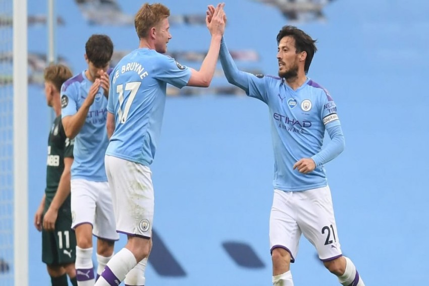 Manchester City 5-0 Newcastle United: David Silva Sparkles Against Abject Magpies