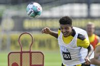 Jadon Sancho Included In Dortmund Squad Amid Manchester United Rumours