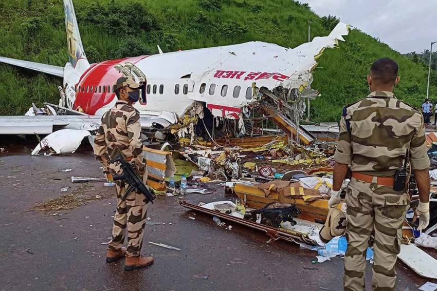 After Plane Crash, DGCA Bans Wide-body Aircraft At Kozhikode, To Audit Airports That Witness Heavy Rains