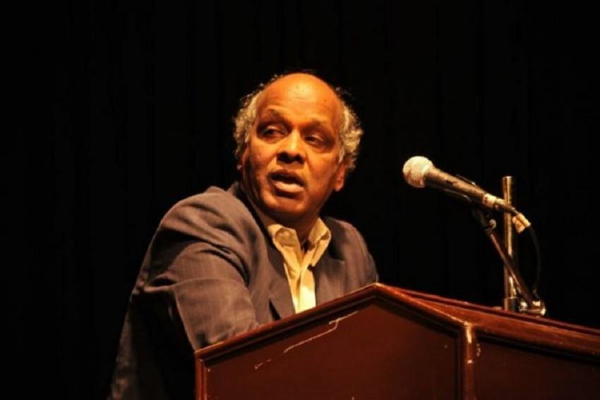 Poet Rahat Indori Tests Coronavirus Positive, Hospitalised