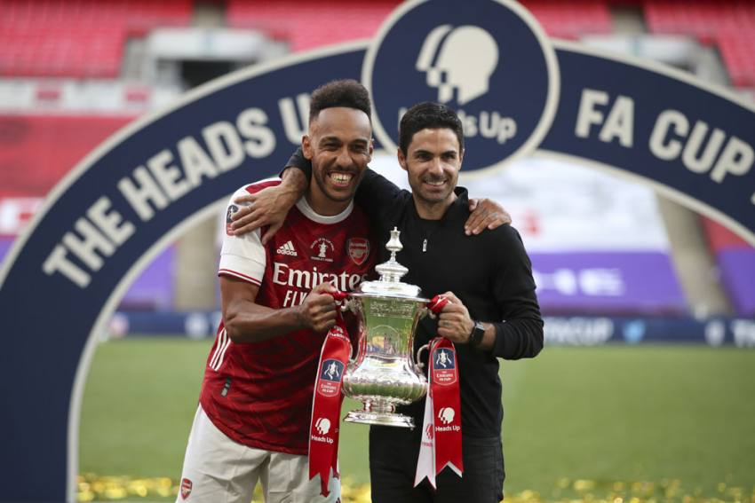 Arsenal 2-1 Chelsea: Aubameyang Double Delight As Gunners Win FA Cup