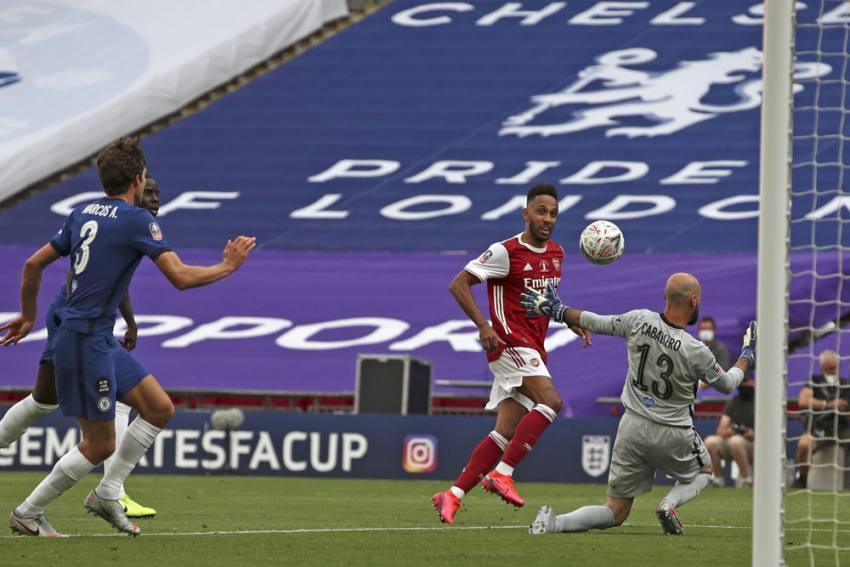 Mikel Arteta Hopes To 'Build Squad Around Aubameyang' As Arsenal Boss Plays Down Exit Talk