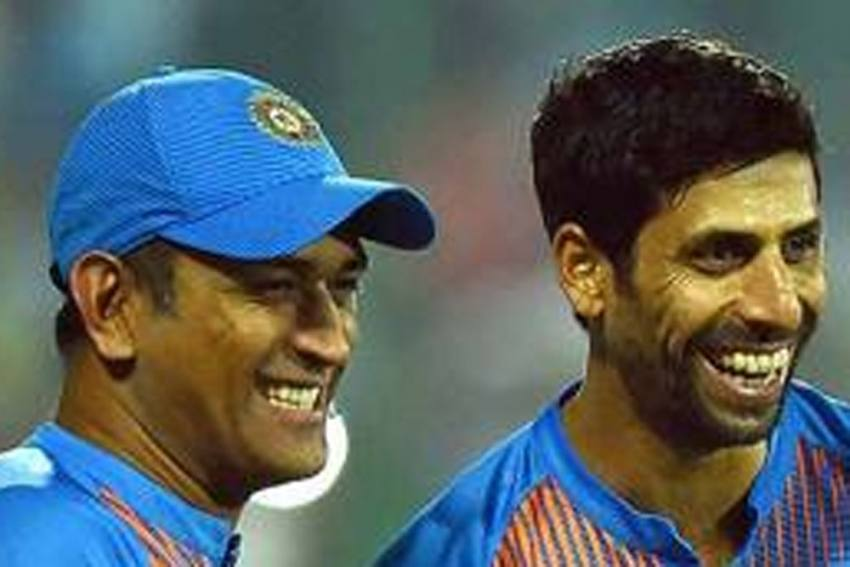 Ashish Nehra Makes Impassioned Case For MS Dhoni, Says IPL Shouldn't Be Ex-captain's Selection Criteria