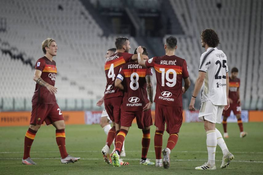 Juventus 1 3 Roma Diego Perotti Double Ends Champions Home Run Ahead Of Crucial Lyon Tie