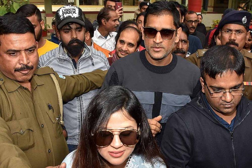 MS Dhoni's Amrapali Fiasco: A lesson For Both Consumers And Celebrities