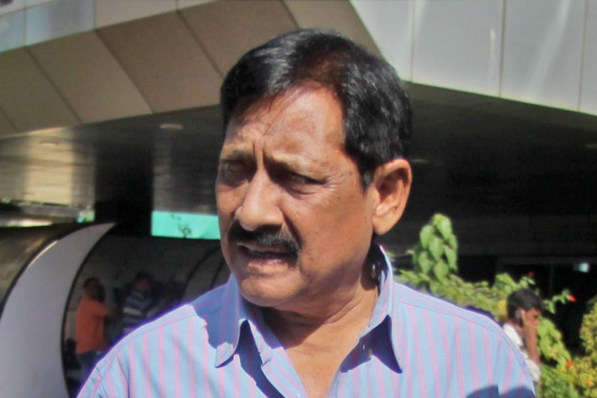 Chetan Chauhan Died Because Of Poor Treatment At Hospital, Not Due To COVID-19: Alleges SP Leader