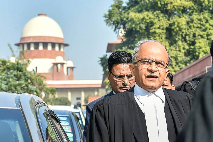 SC Refers 11-year-old Contempt Case Against Prashant Bhushan To CJI To Post Before New Bench