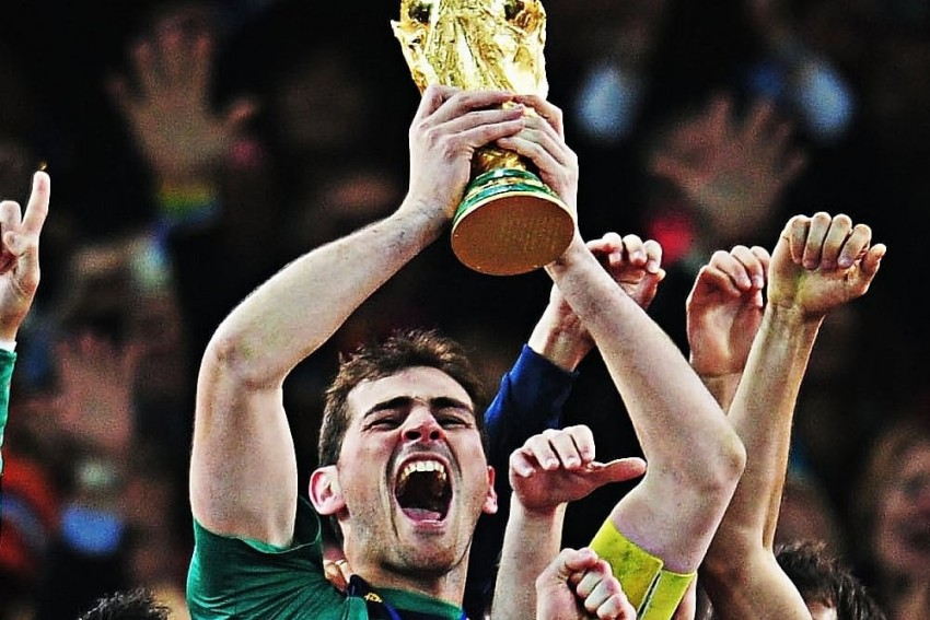 Spain, Real Madrid Great Iker Casillas Confirms Retirement