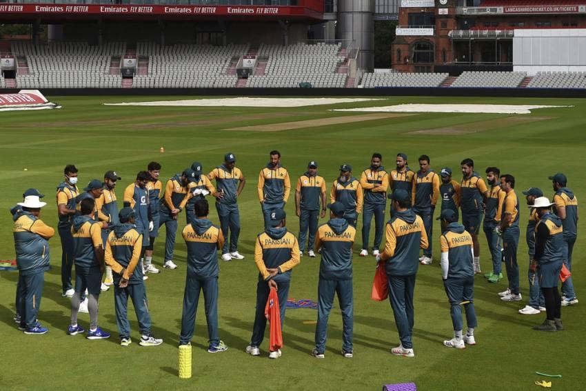 Unpredictable Pakistan Can Trouble England If Batsmen Step Up: Sohail Tanveer