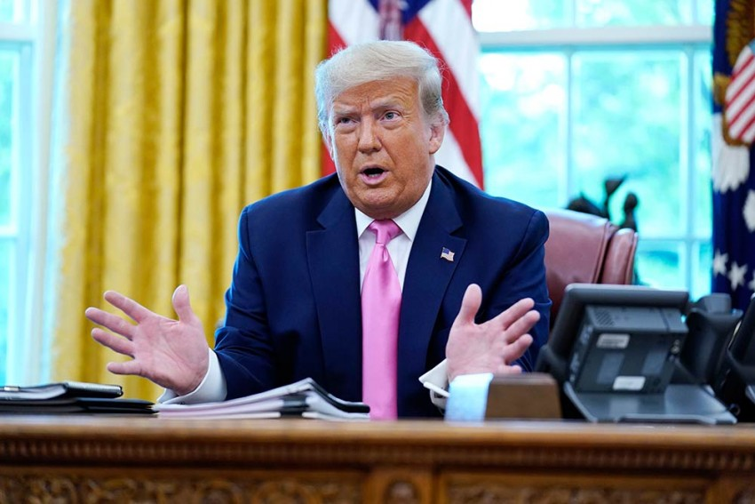 Donald Trump Signs Executive Orders Banning TikTok, WeChat In 45 Days