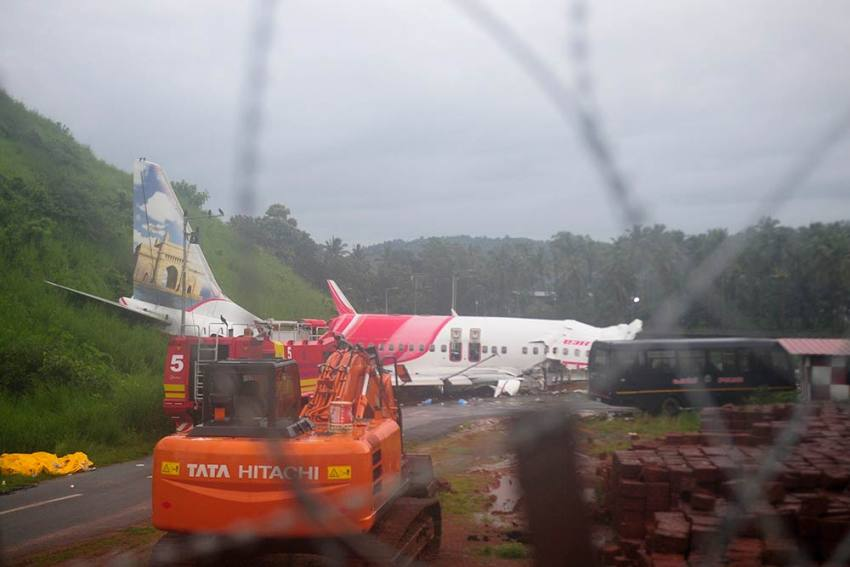 Black Boxes Recovered From Crashed Air India Express Flight In Kerala; Probe Underway