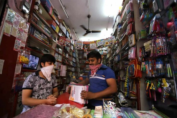 Centre Asks States To Test Grocery Shop Workers, Vendors; Says They Can Be Potential COVID Spreaders