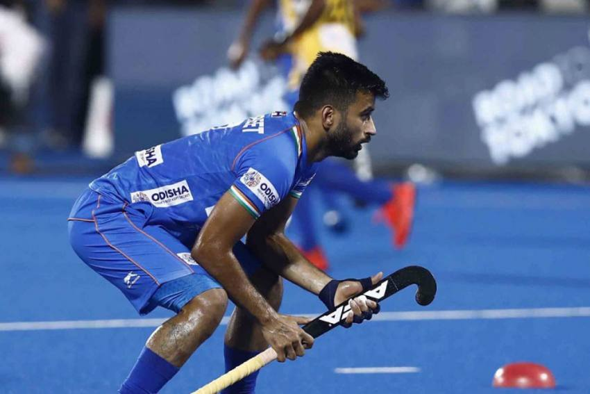 Hockey Captain Manpreet Singh, Others Showing Only 'Mild' COVID-19 Symptoms: SAI Doctors