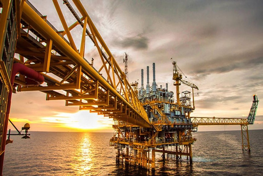 The Uncertainty Over Swinging Global Crude Prices