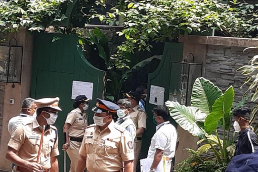 Kangana Ranaut Provided Security By Mumbai Police
