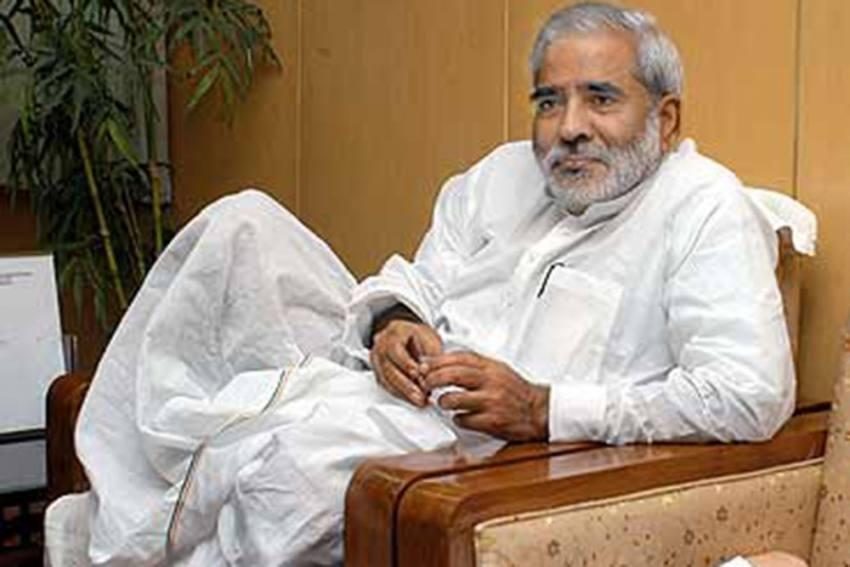 From AIIMS To RIMS: RJD Veteran Raghuvansh Prasad Singh Sends Resignation To Lalu Yadav