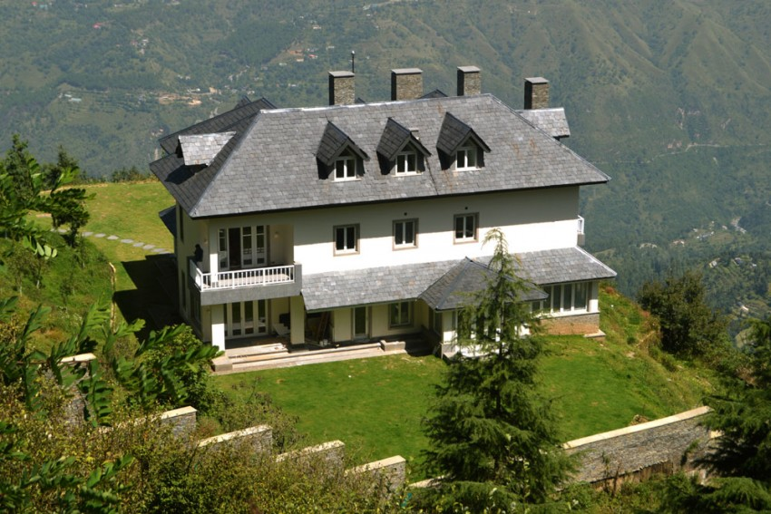 House On The Hill: The Story Behind Priyanka Gandhi's Controversial Bungalow