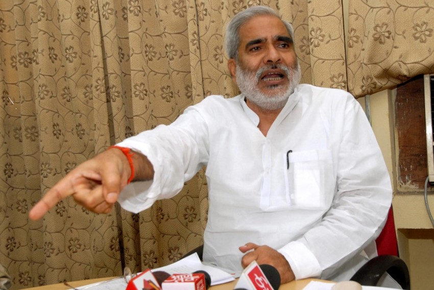 Raghuvansh Prasad Singh, Who Quit RJD Days Ago, Dies In Delhi