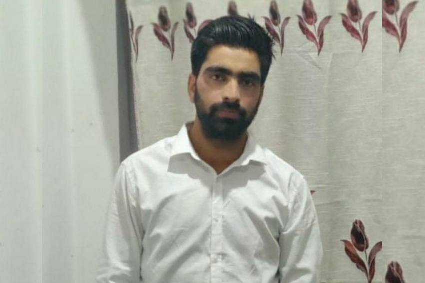 Kashmir: Family Says Youth Killed In Police Custody, Cops Say He 'Escaped And Was Found Dead'