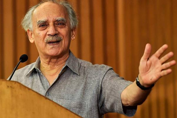 CBI Court Orders FIR Against Arun Shourie For Sale Of Laxmi Vilas Palace In Rajasthan
