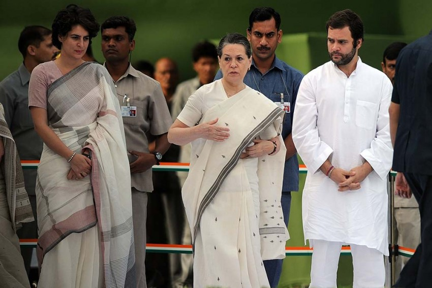 Congress Battles Familyar Conflict