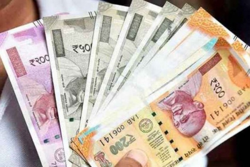 Total Govt Liabilities Rise To Rs 101.3 Lakh Cr In First Quarter: Finance Ministry Report