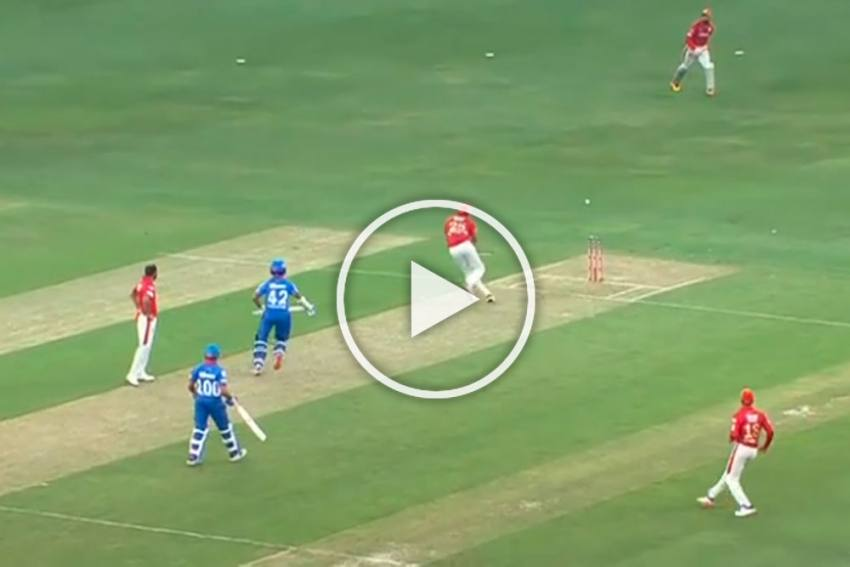 IPL 2020, DC Vs KXIP: Shikhar Dhawan's Delhi Return Ends In Horror - WATCH