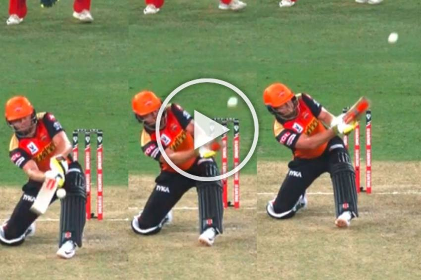 IPL 2020, SRH Vs RCB: Outlandish! Jonny Bairstow Reduces Fast Bowler Umesh Yadav To A Mere Pedestrian - WATCH