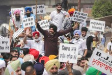 Navjot Singh Sidhu Protests Against Farm Bills