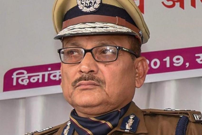 Bihar DGP Gupteshwar Pandey Quits Khaki, All Set To Don Khadi for Bihar Polls