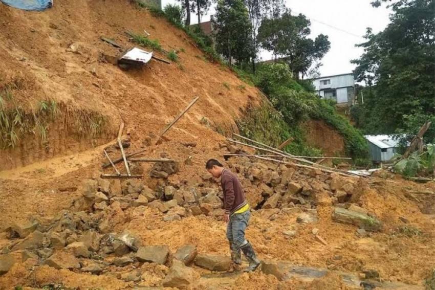 Landslides Kill 12 In Nepal, 9 Missing
