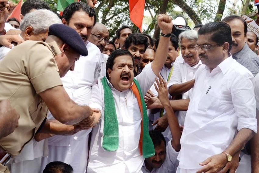 Cong-led UDF In Kerala Haults Mass Agitations Amidst Covid-19