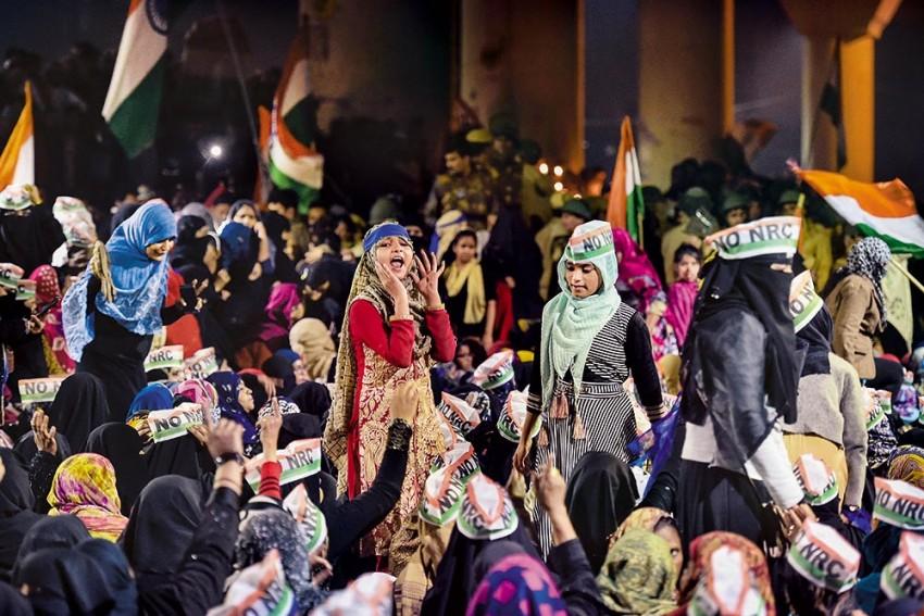 Decoding Delhi Riots Charge-sheet: Rahul Roy, Other Anti-CAA Activists Talk of Deleting 'Incriminating' Chats