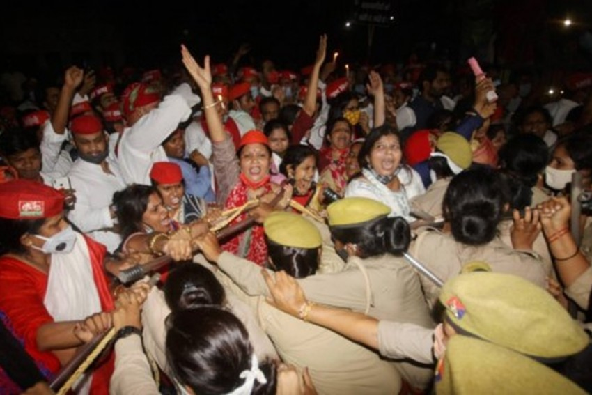 Hathras Rape: Anger Grows As Victim's Family Accuses Police Of Midnight Cremation